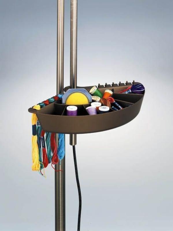 mercerie en ligne tous les accessoires de coutures lampe deluxe sur pied roulettes. Black Bedroom Furniture Sets. Home Design Ideas